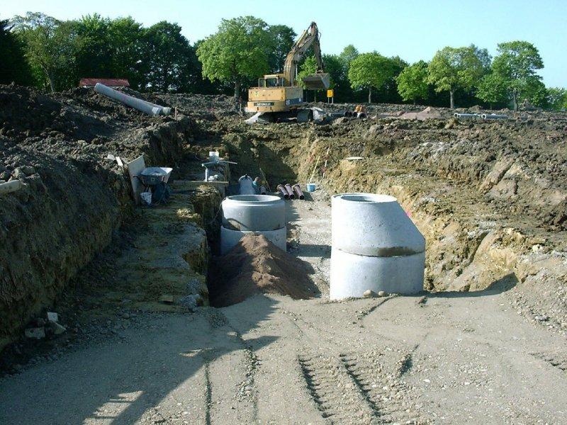 Neubau Stauraumkanal mit Drosselabfluss in Moorenweis