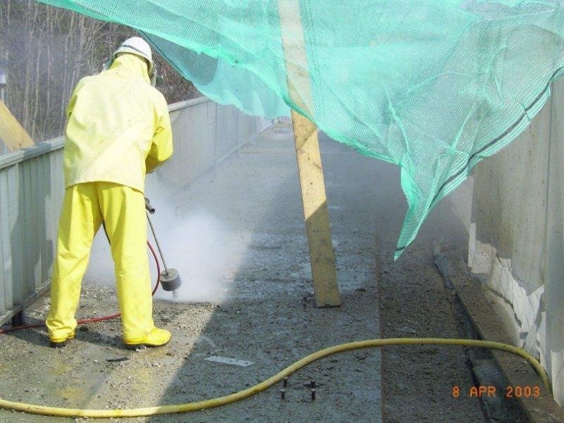 Kappensanierung durch Betonabtrag mit Höchstdruckwasserstrahlen